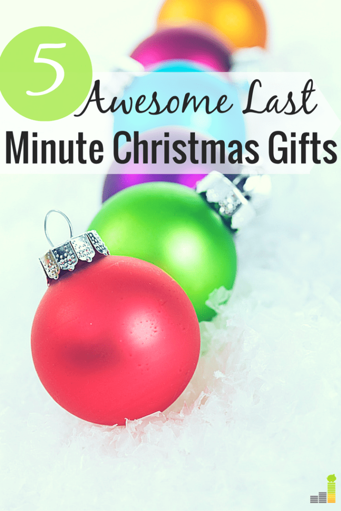 Last minute Christmas gifts can be difficult to find. I share some of my go-to last minute Christmas gift ideas that won't break your budget in the process.