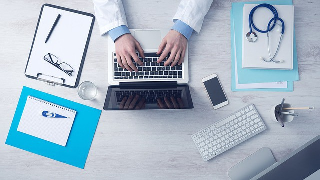 5 Types of Employee Benefits to Offer Beyond Health Insurance