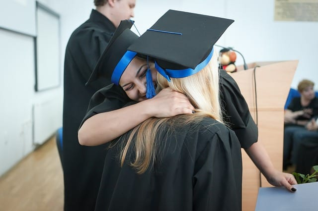 10 Great Ways to Minimize Your Student Debt