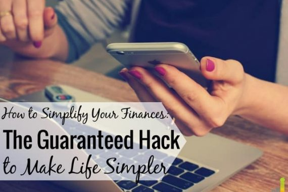 Do you want to simplify your finances but don't know where to start? I share my system that allows me to manage my money in 15 minutes a month.