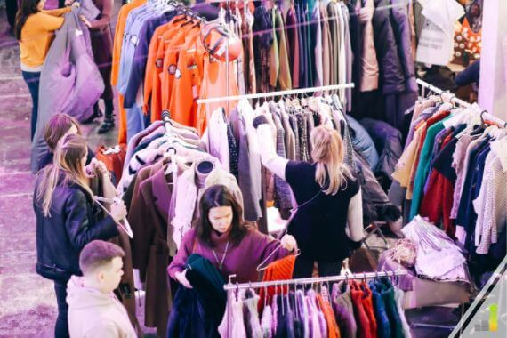 Do you want to get cash for your clutter? Here are the 15 best apps to sell your stuff online and how to get top dollar for your items.