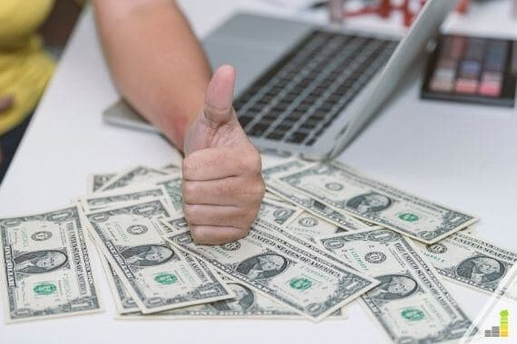 Sites like Swagbucks offer a great way to make money online. Here are the 13 best alternatives to Swagbucks to earn extra money.