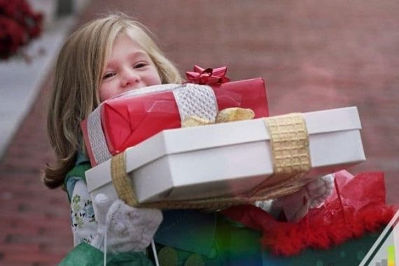 The top Christmas gift ideas for kids aren't that expensive. I share some of the best toys under $25 that will be a hit as a Christmas gift.