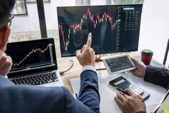 You don't need to be an expert to start investing in the stock market. Here are 9 steps to help you begin investing in stocks with confidence.