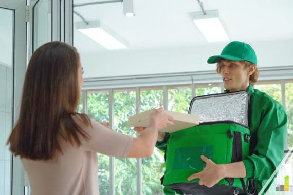 Delivery driver jobs are a good way to make money, but there are many options. We compare working for Instacart Shopper vs. DoorDash to see which is best.